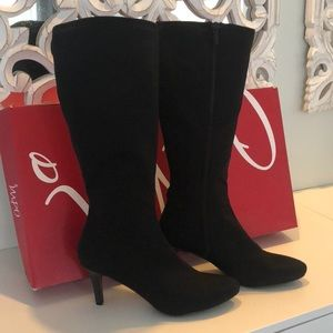 NEW Impo heeled boots